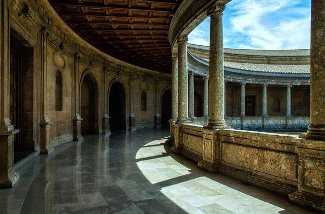 إعادة تأهيل المباني التاريخية