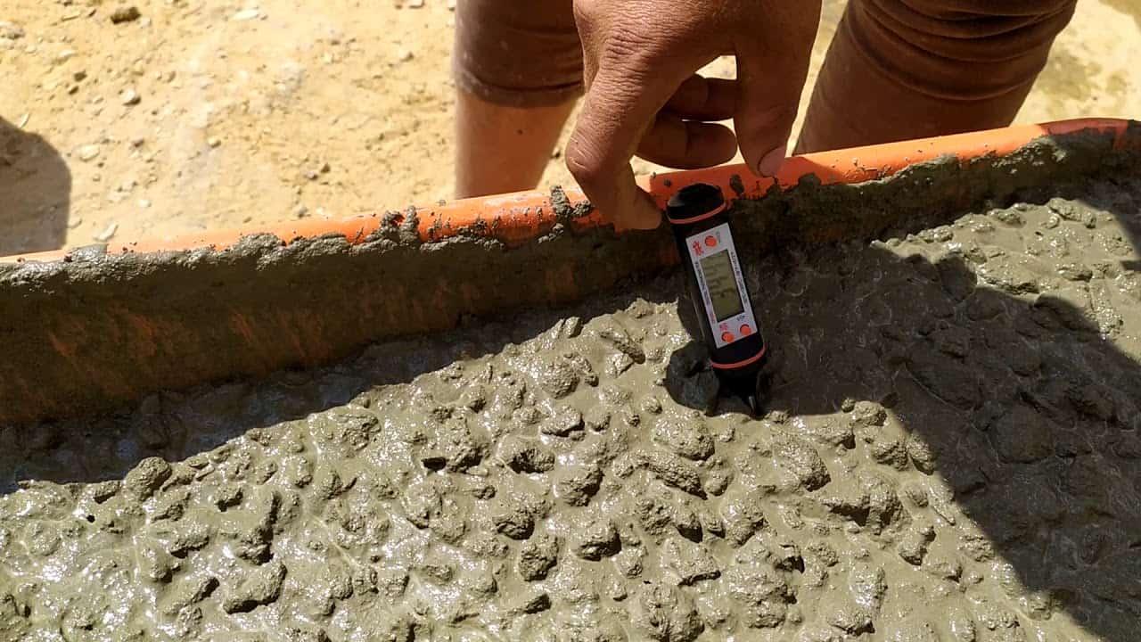 صناعة الخرسانة في الأجواء الحارة